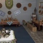 Авторские игрушки и изделия бондарства представили на выставке в Вижнице