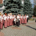 Черновчане продолжают собирать средства для военных и их семей