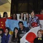 Черновчане танцевали индонезийский танец и пробовали японский мисо-суп
