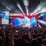 100 кинотеатров Украины покажут концерт Океан Эльзы