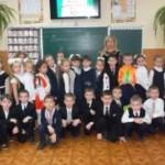 Театрализованное представление к Дню Николая провели для черновицких школьников